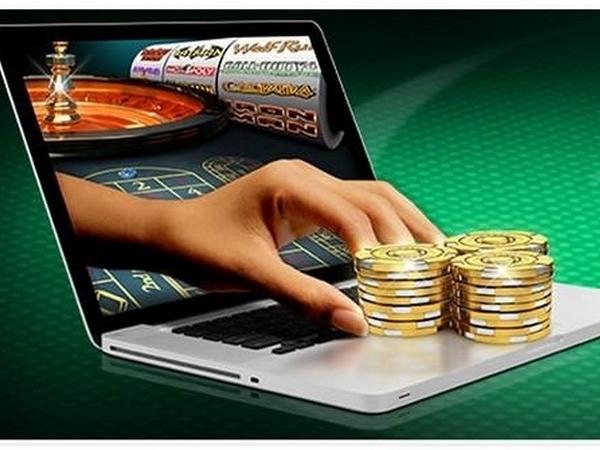 Казино в котором можно выиграть и получить деньги косынка играть бесплатно онлайн 3 карты